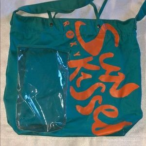 Teal Roxy tote with bottle pocket